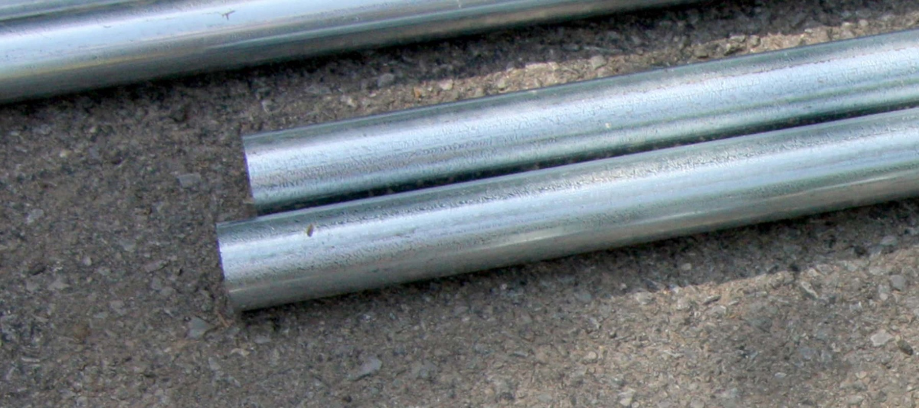 Schedule steel pipe and gator tube cut to length