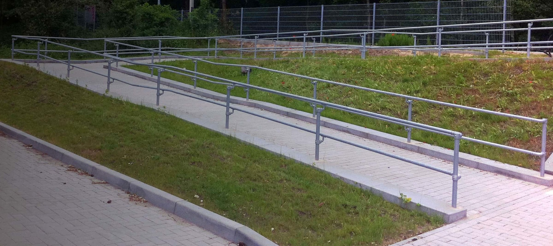 Galvanized Steel Pipe Railing