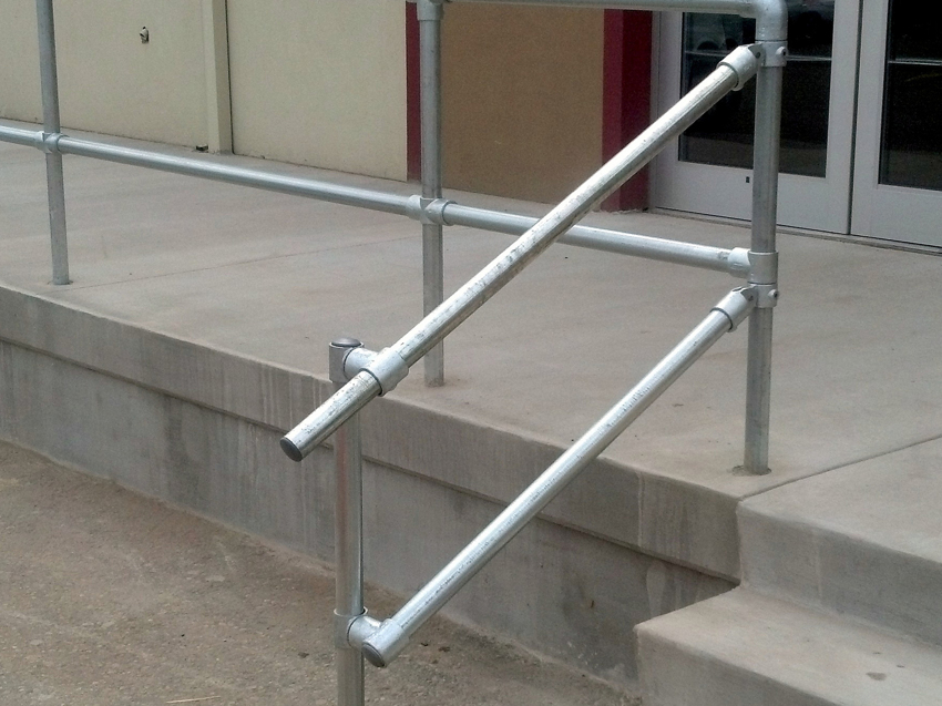 Guide How To Build A Pipe Fitting Handrail Simplified