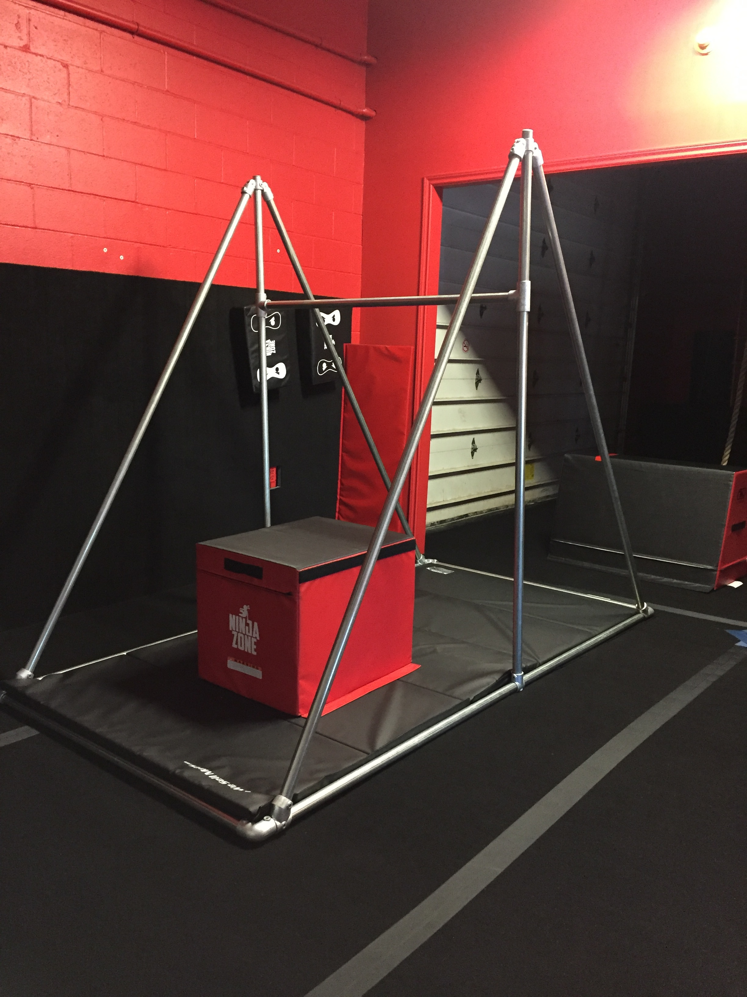 Triangle Frame for Parkour