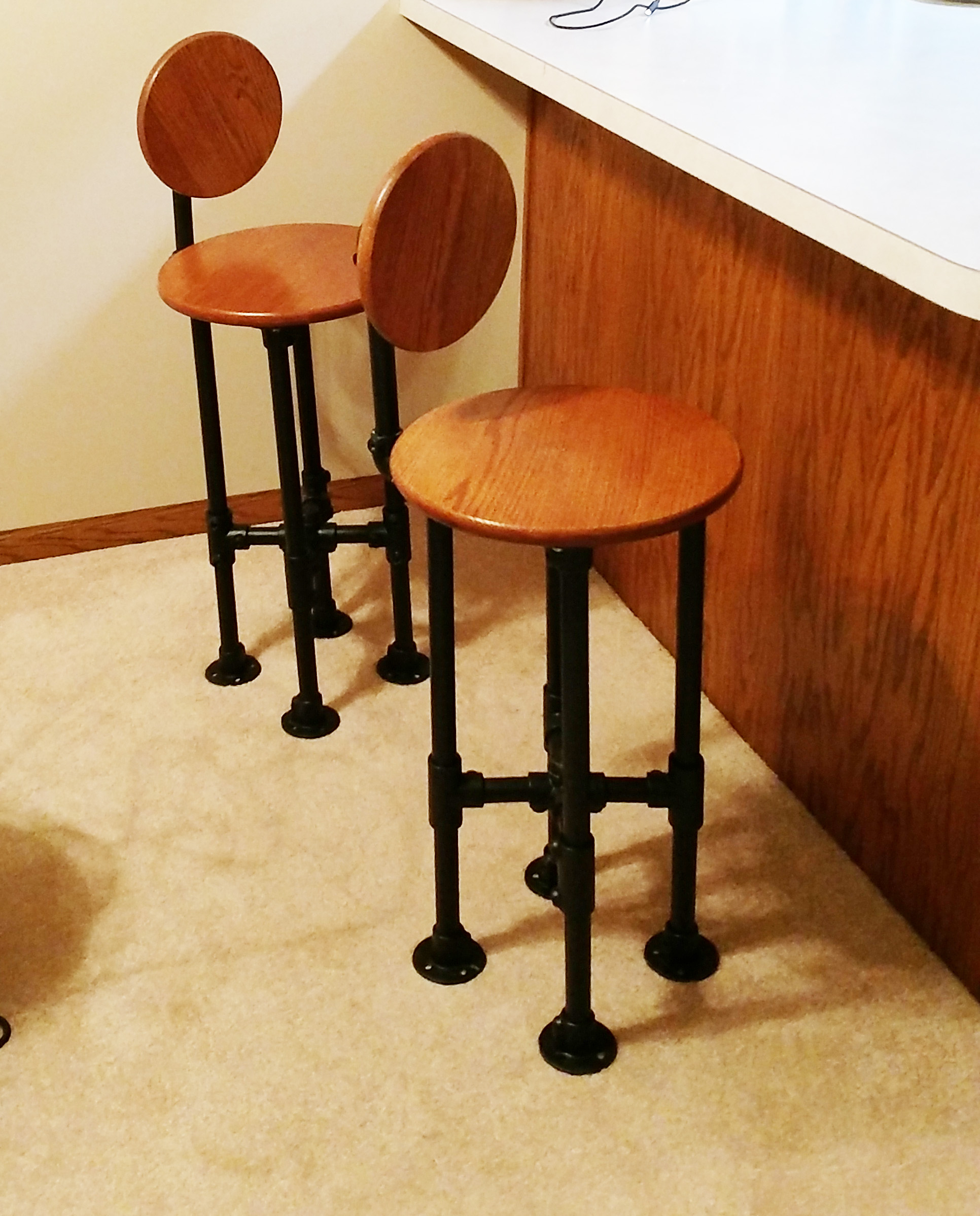 How To Build A Barstool With Pipe Diy