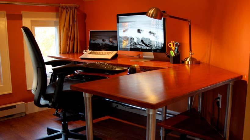 DIY Corner Desk for Productivity