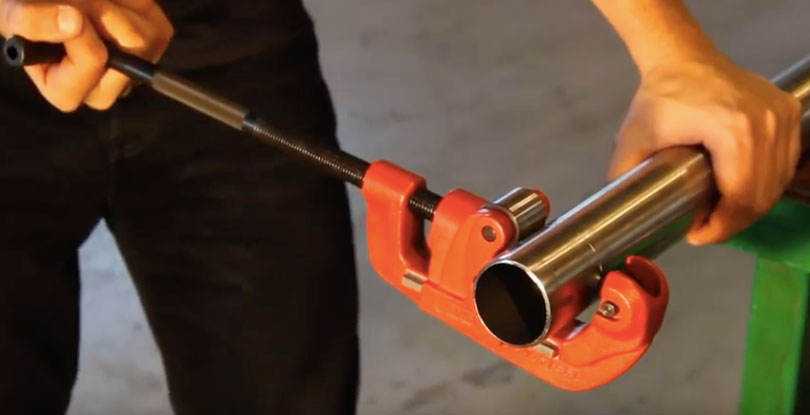 Cutting Metal Pipe