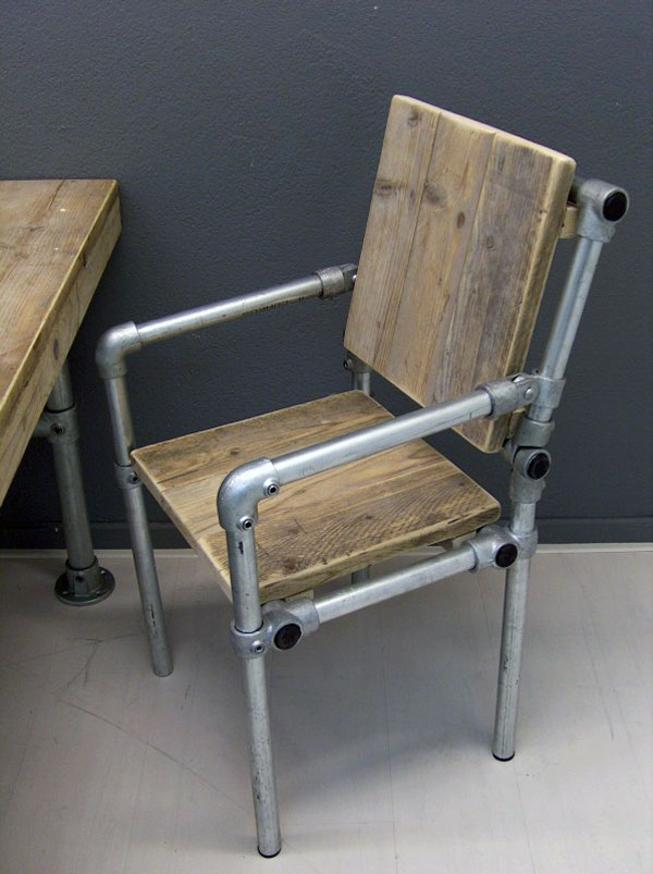 DIY Industrial Pipe Chair