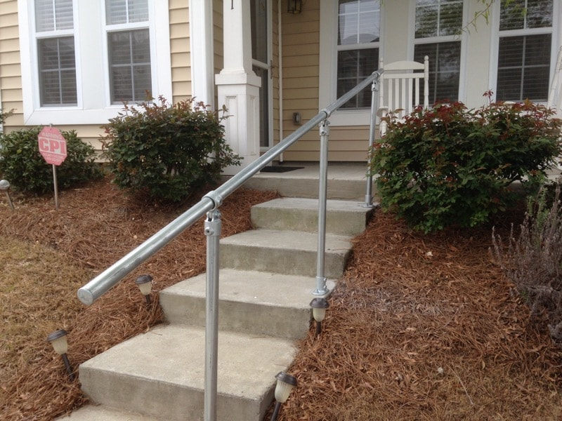 <center><span class='u-heading-4'>Like this railing style?</span><br><a class='link-as-button button-light-normal' href='/kits/stair-railing-kits/surface-mount-railings/surface-c50-surface-mount-railing'>Purchase the Surface C50 Railing</a></center>