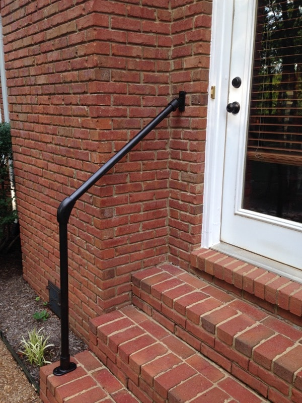 <center><span class='u-heading-4'>Like this railing style?</span><br><a class='link-as-button button-light-normal' href='/kits/stair-railing-kits/hybrid-55-c58-surface-wall-mount-railing'>Purchase the Hybrid 55/C58 Railing</a></center>